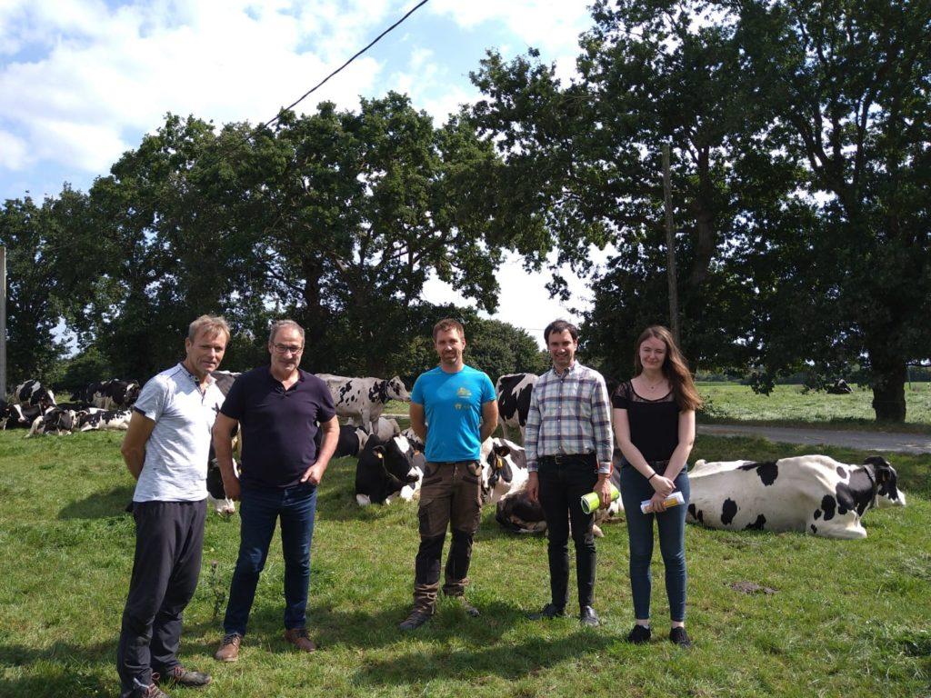 visite de l'association Terres en ville au GAEC Dyna'milk
